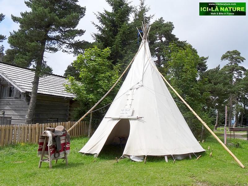 45-tepee tente indien mont lozere