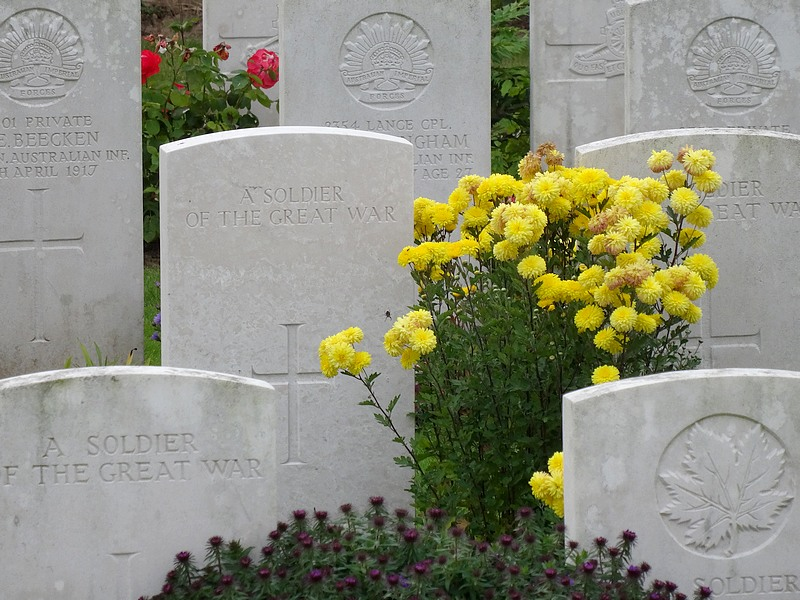 cabaret rouge commonwealth cemetery great war france