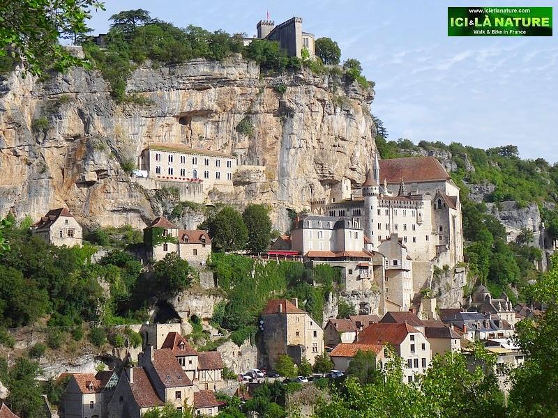 03-walking holidays in france rocamadour black perigord