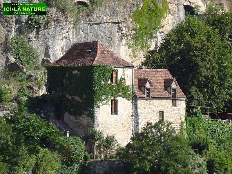 06-great walking holdays perigord france