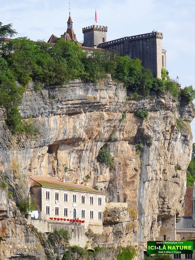 07-independent hiking holidays perigord rocamadour