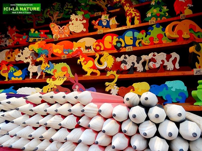 10- christmas market
