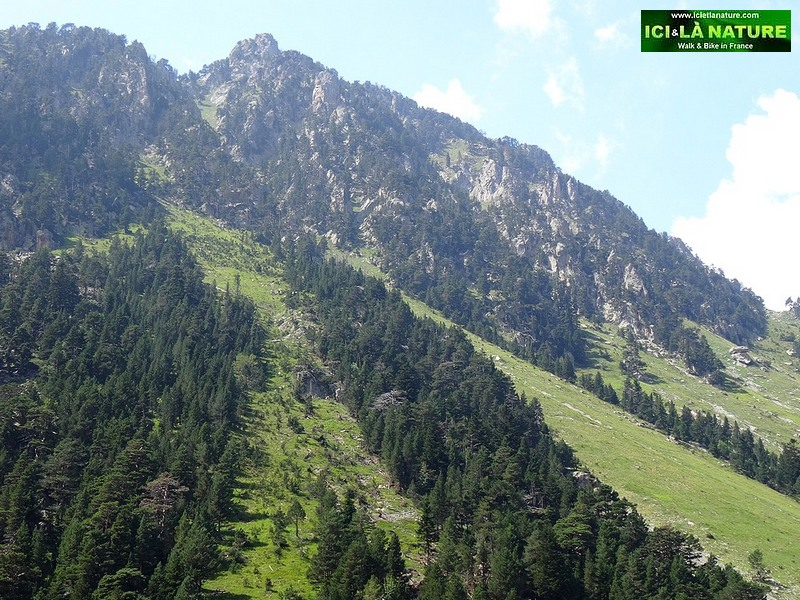 32-france high mountain pyrenees