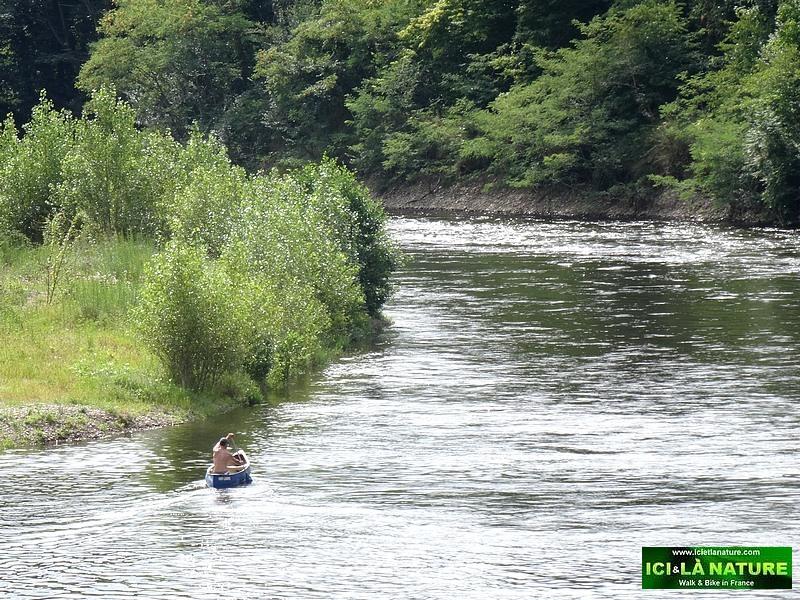 33-walking holidays dordogne river valley