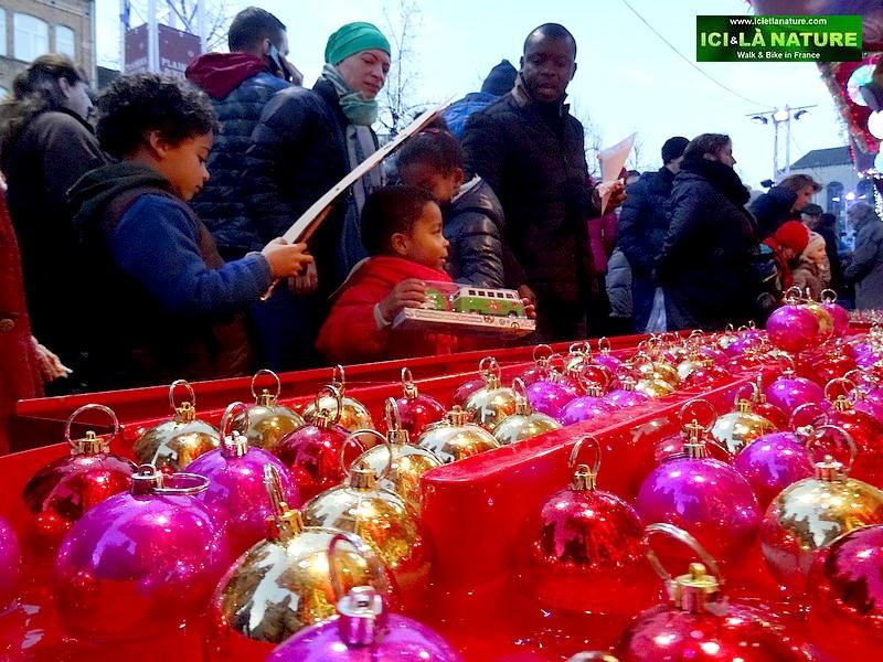 34-christmas market