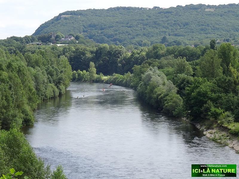 38-walking holidays in dordogne valley