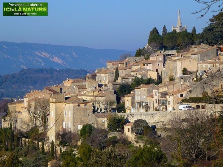 01-Walking holidays provence bonnieux