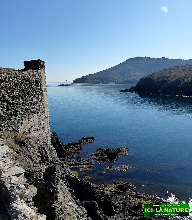14-hiking walking tour southern france-collioure