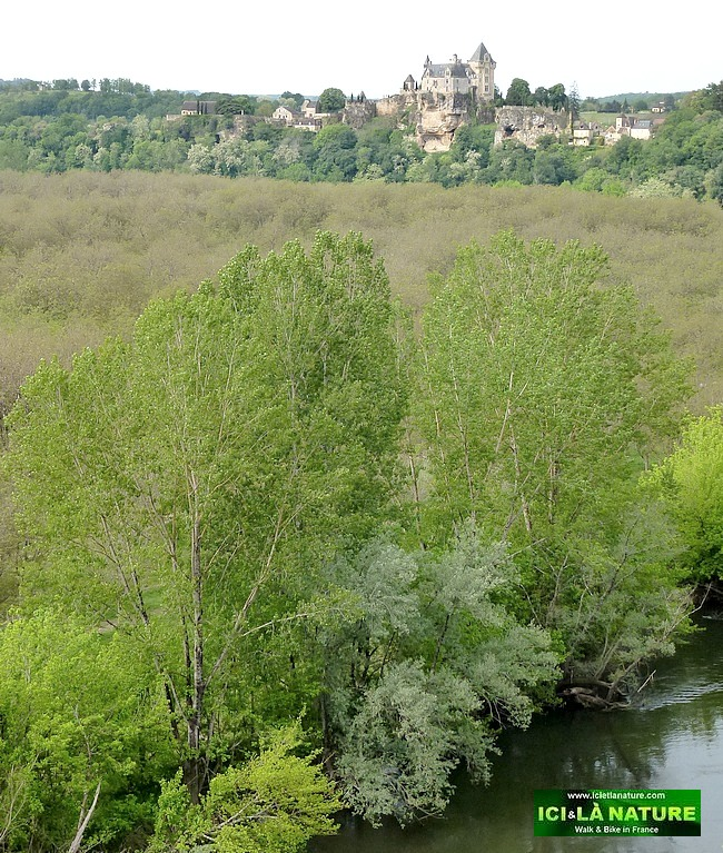 25-biking holidays in dordogne perigord