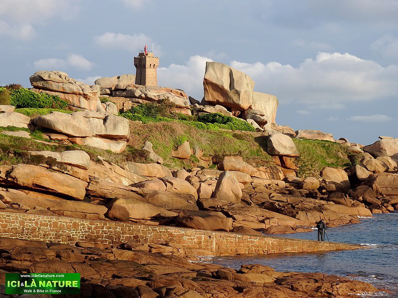 40-walking holidays in brittany