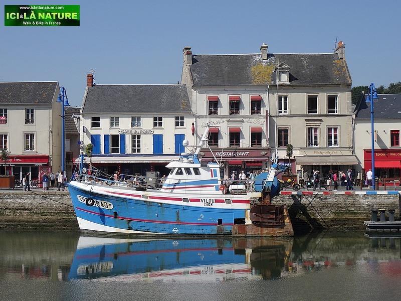 46-normandy-landing-port-en-bessin