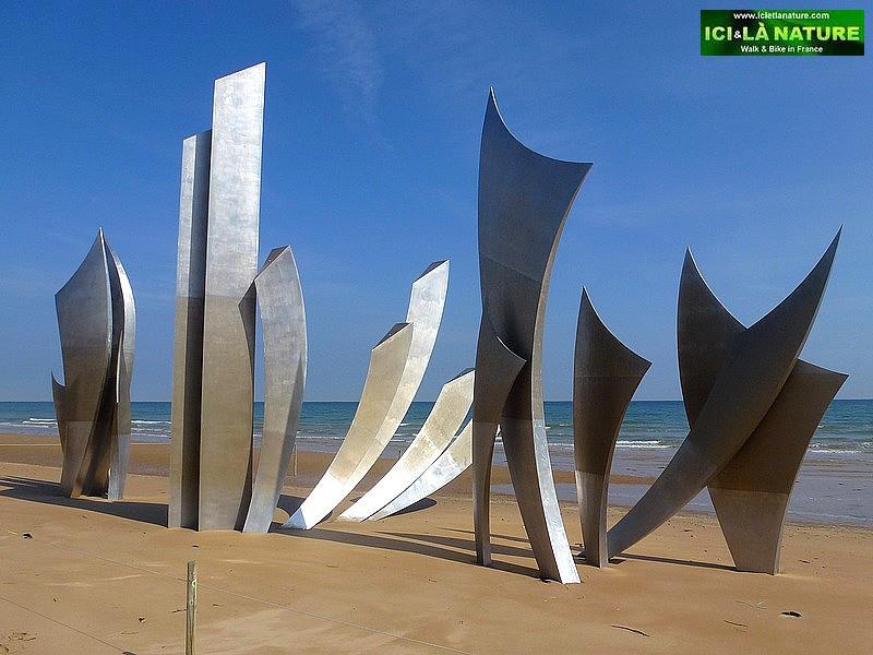 47-omaha-landing-beach-statue