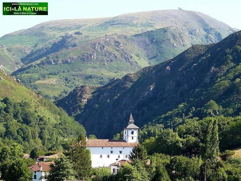 50-biking in basque country