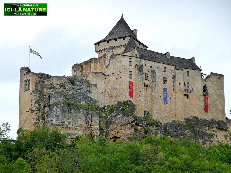 52-FRANCE Dordogne Best Of  Biking Tour