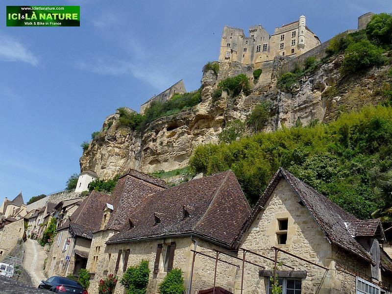 68-beynac castle
