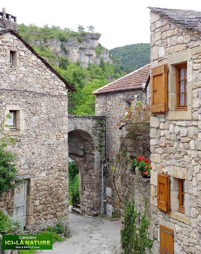 03-beautiful mountain village france