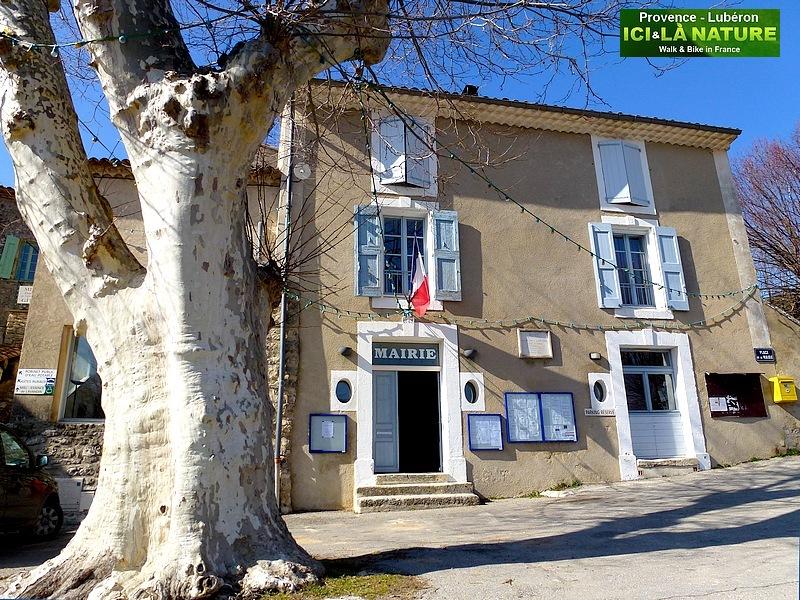 03-mairie de buoux