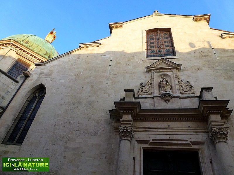 09-classical church in provence