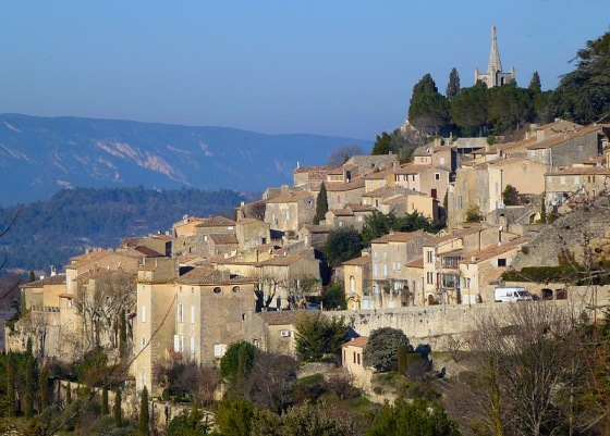 walking tour provence luberon bonnieux