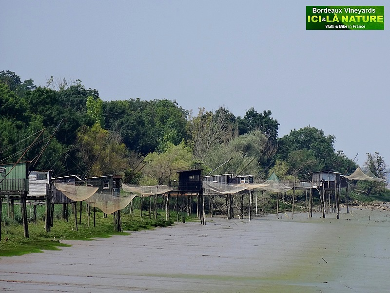 15-cabanes garonne river