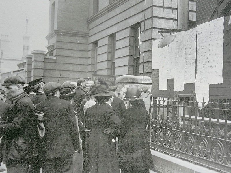 68- Titanic crowds outside White Star Line