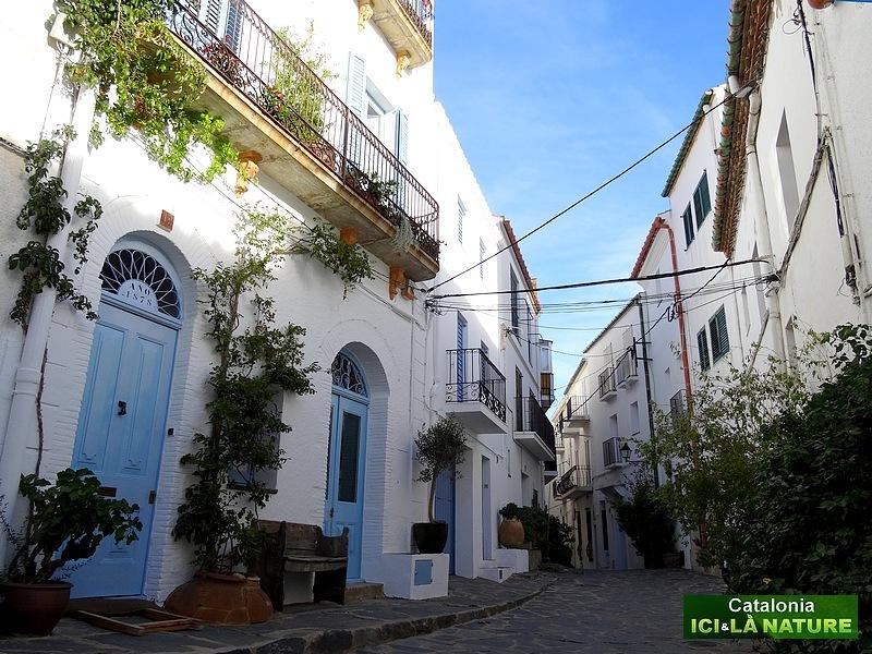92- walking tour costa brava near barcelona