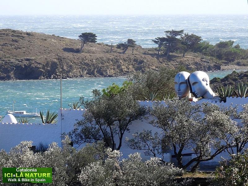 04-walk coastal path spain