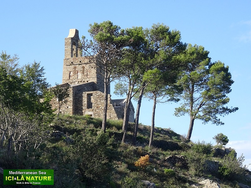 106-walking barcelona catalonia