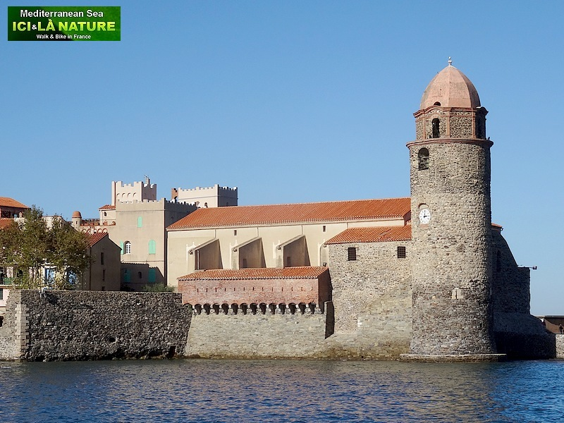 35-WALKING COLLIOURE