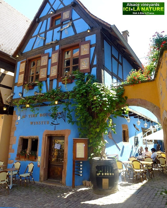 63-plus beau village france