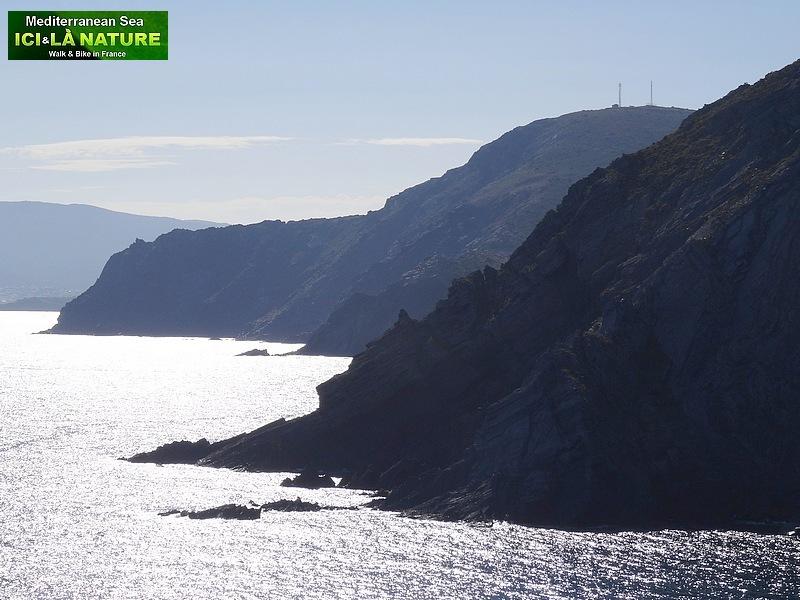 69-walking mediterranean coast collioure cadaques