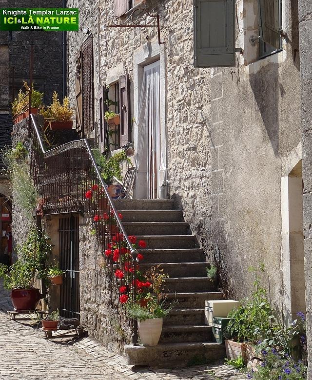 11-rue medievale en france