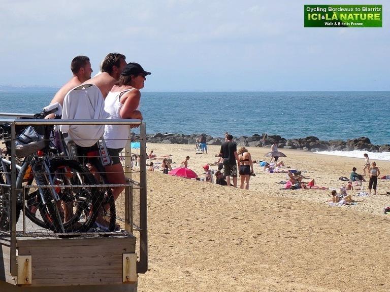 40-cycling holidays france seaside