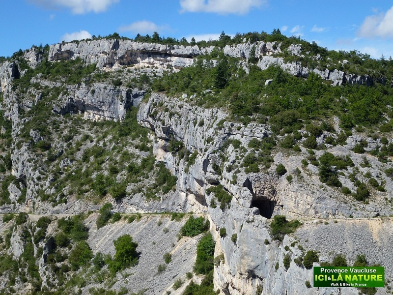 54-biking mountains france gorges nesque provence