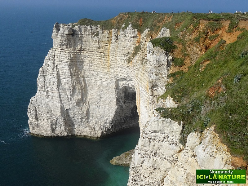 51-monet impressionist painter normandy cliffs