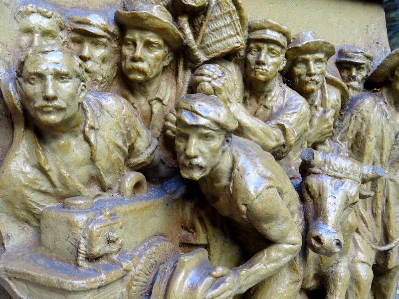 54-sculptures bronze dali