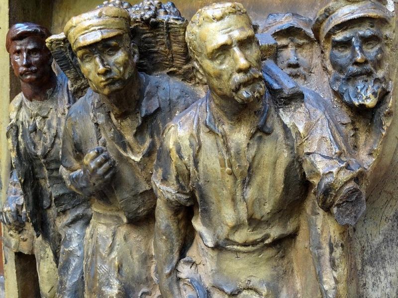 56-sculptures bronze dali espagne