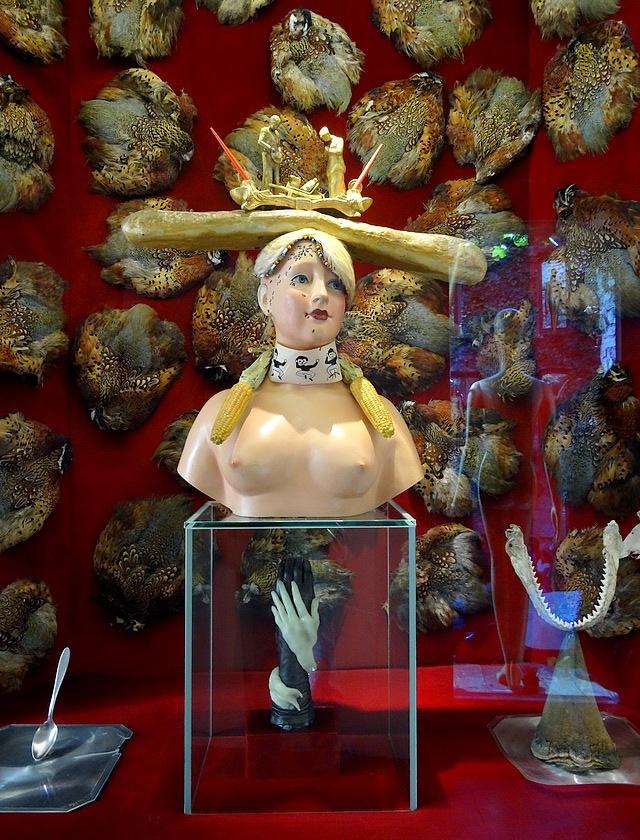62-buste de femme retrospectif