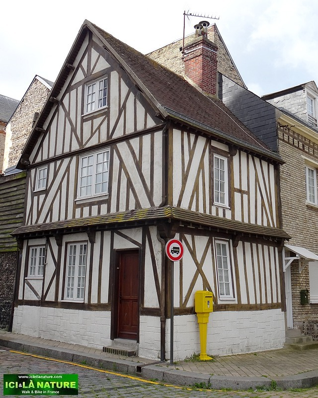 09-old medieval house normandy dieppe