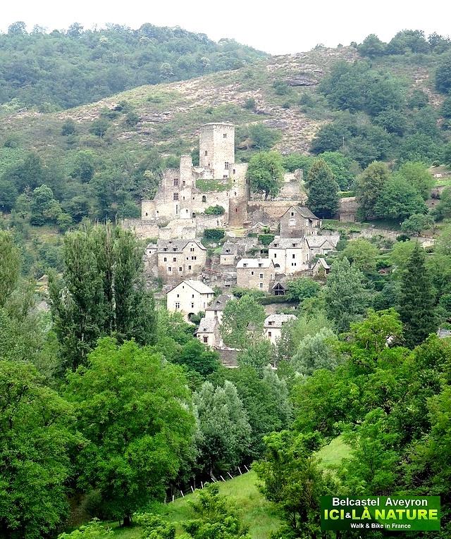02-castle aveyron belcastel