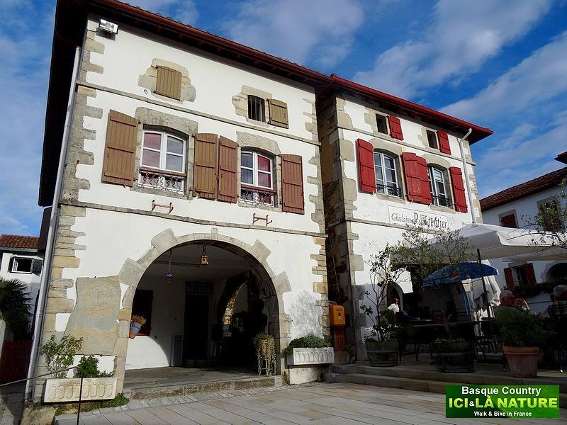06-architecture des maisons du pays basque