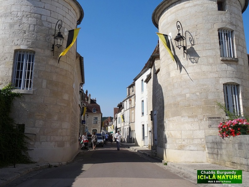 07-town of burgundy france