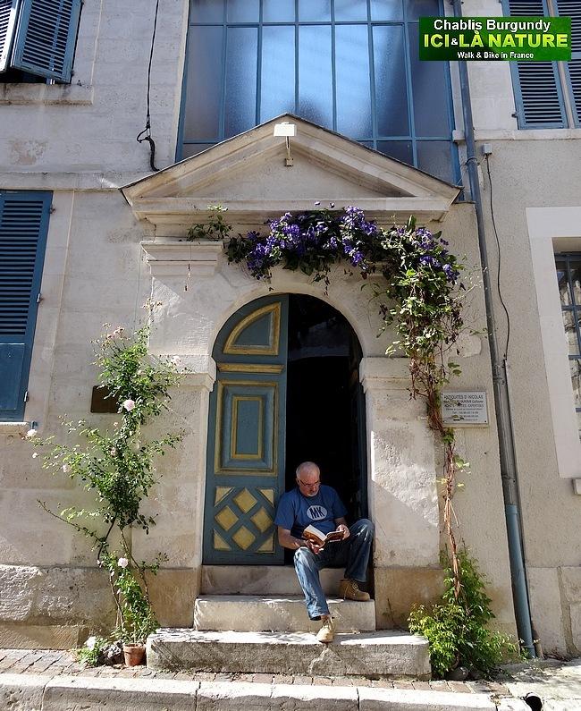 09-antiquites saint-nicolas chablis