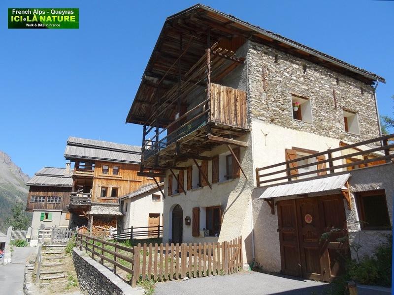 25-alps houses