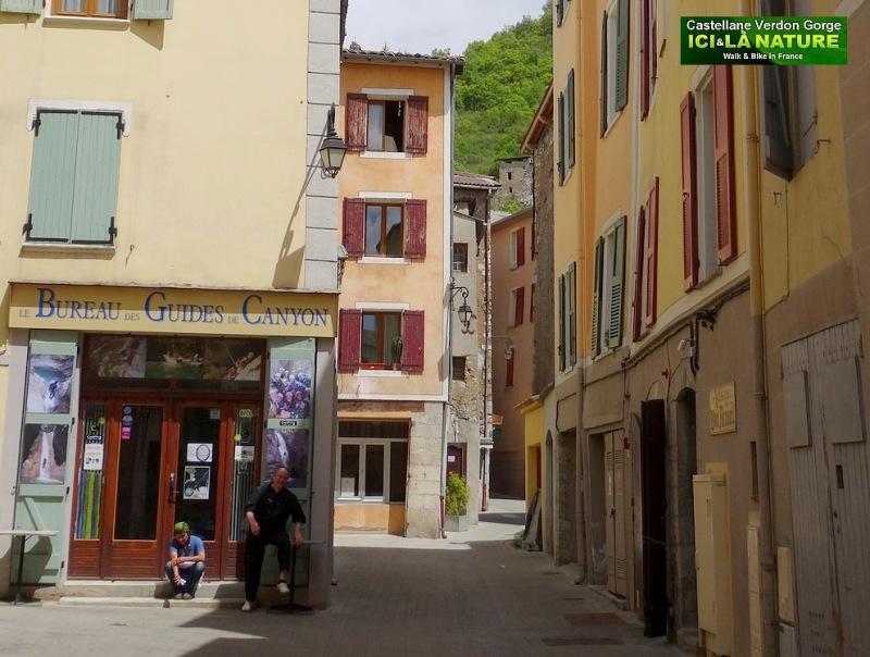 05-bureau des guides du canyon castellane