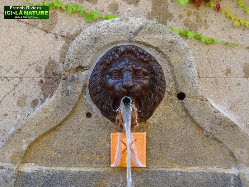 52-village provence fountain