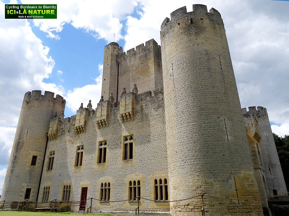 France Bordeaux Vineyards Old Castles Windmills And