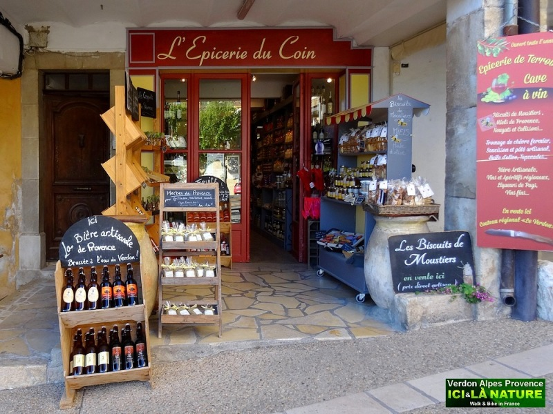 35- epicerie shop in provence