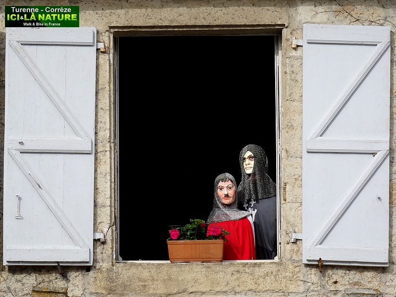 43-old window france