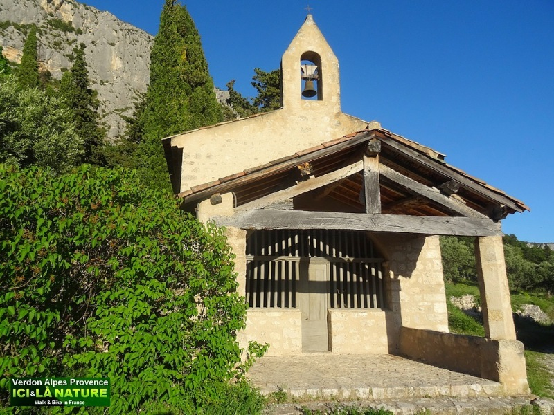 51-chapelle provence picture
